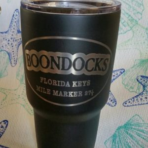 Boondocks Polar Camel 32 oz. cup. Double wall thermal vacuum insulation BPA free. Snap on clear lid.